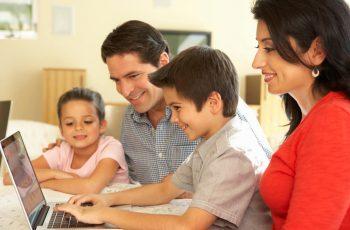 vantagens-de-oferecer-um-portal-de-autoatendimento-para-pais-e-alunos.jpeg