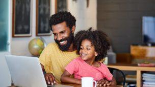 Comunicação digital no acompanhamento escolar: veja a importância e como usá-la